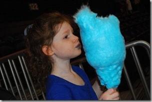 Blue Cotton Candy, Blue Mouth
