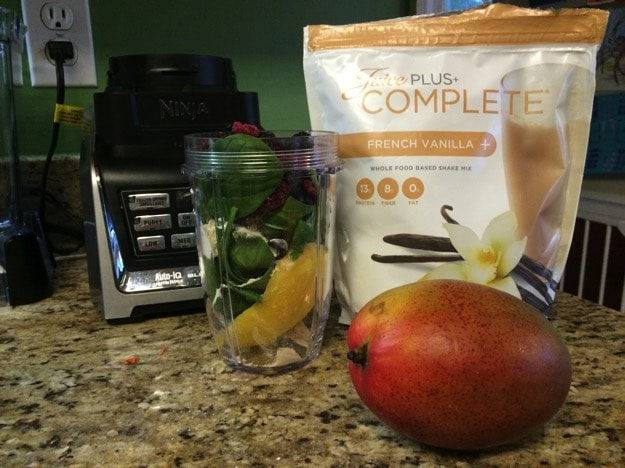 banana free smoothie with juice plus complete