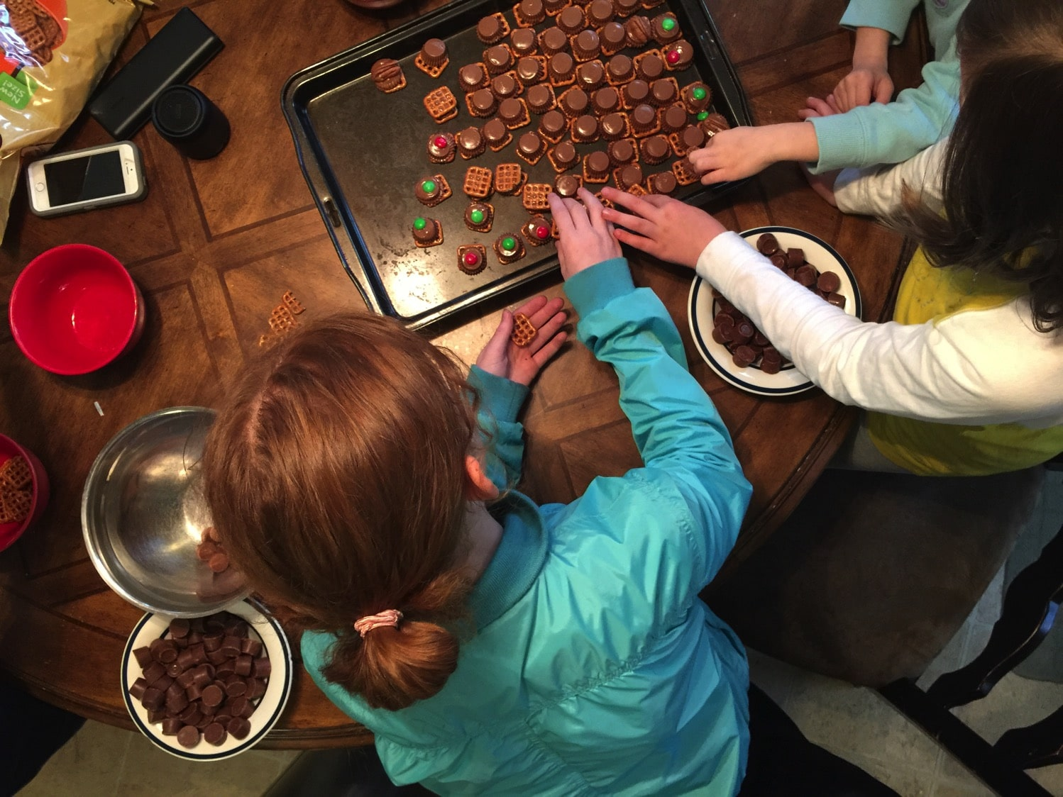 How to have a treat making party with friends