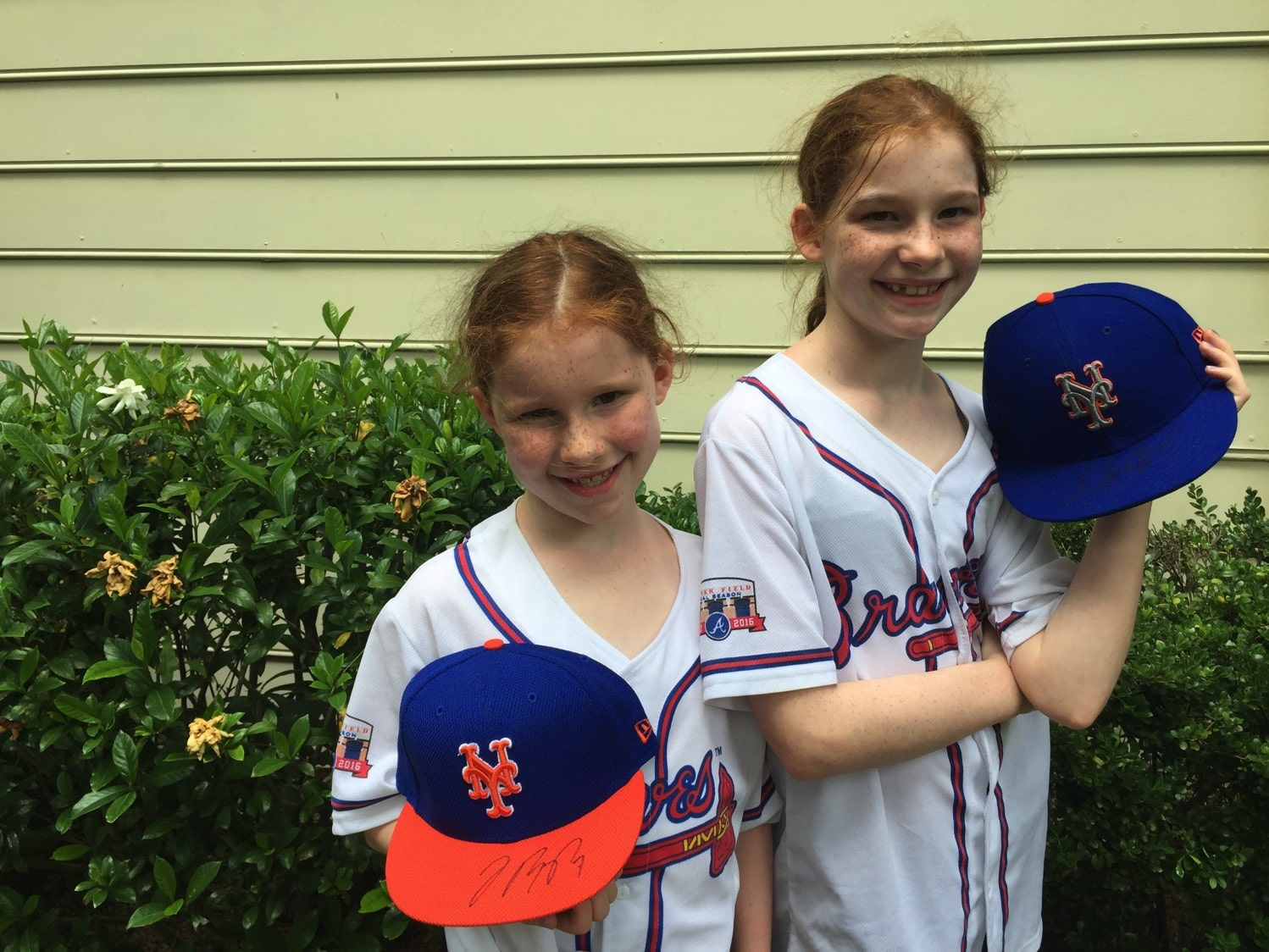 Cap Swap with the Braves and MetsCap Swap with the Braves and Mets