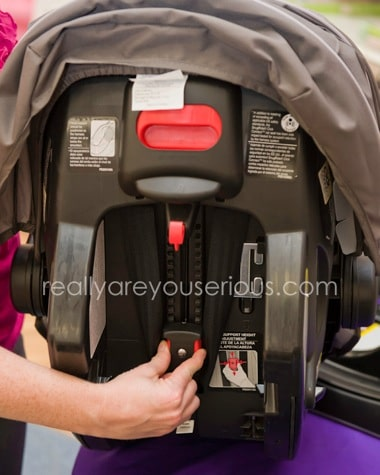 Graco one hand harness adjustment