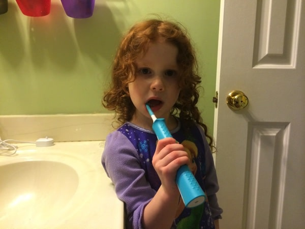 Toothbrushing with Sonicare for kids