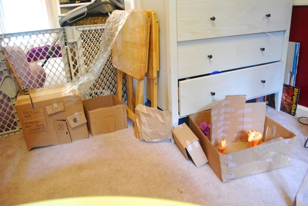 Using boxes to create a doll or pony house