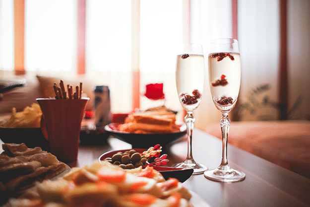 Healthy Eating Holiday Party Survival Guide