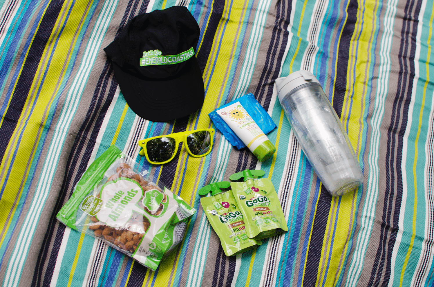 What's in my keeping my family active bag | Tips for staying active and taking a trip with your family #StayfreeSisters