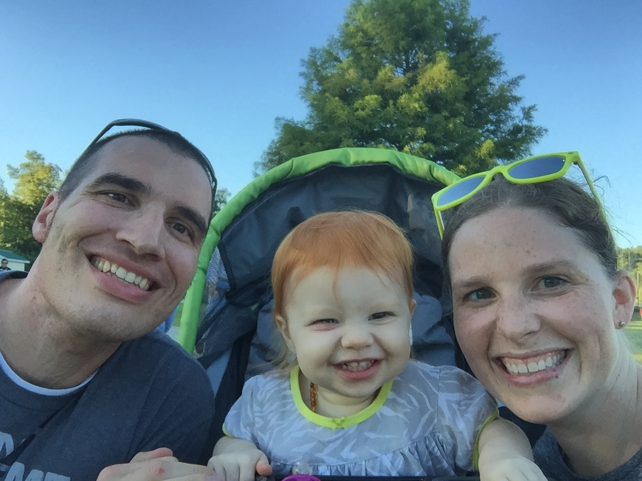 Exercising with mommy and daddy while cheesing | Mommy and Me Monday