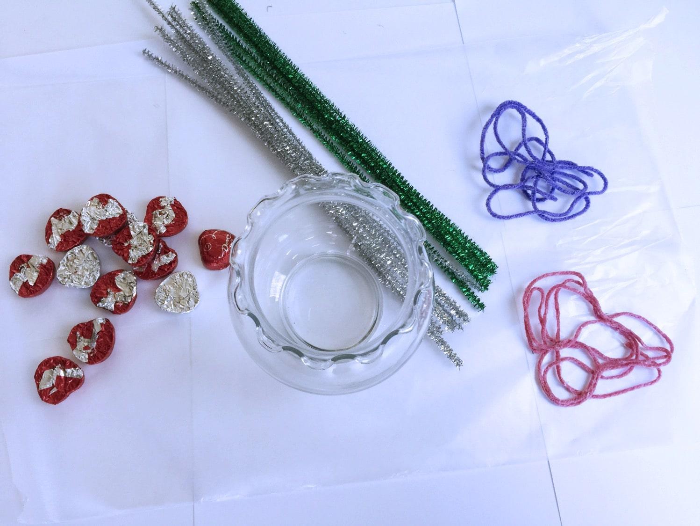 Creative galaxy yarn heart centerpiece bouquet supplies