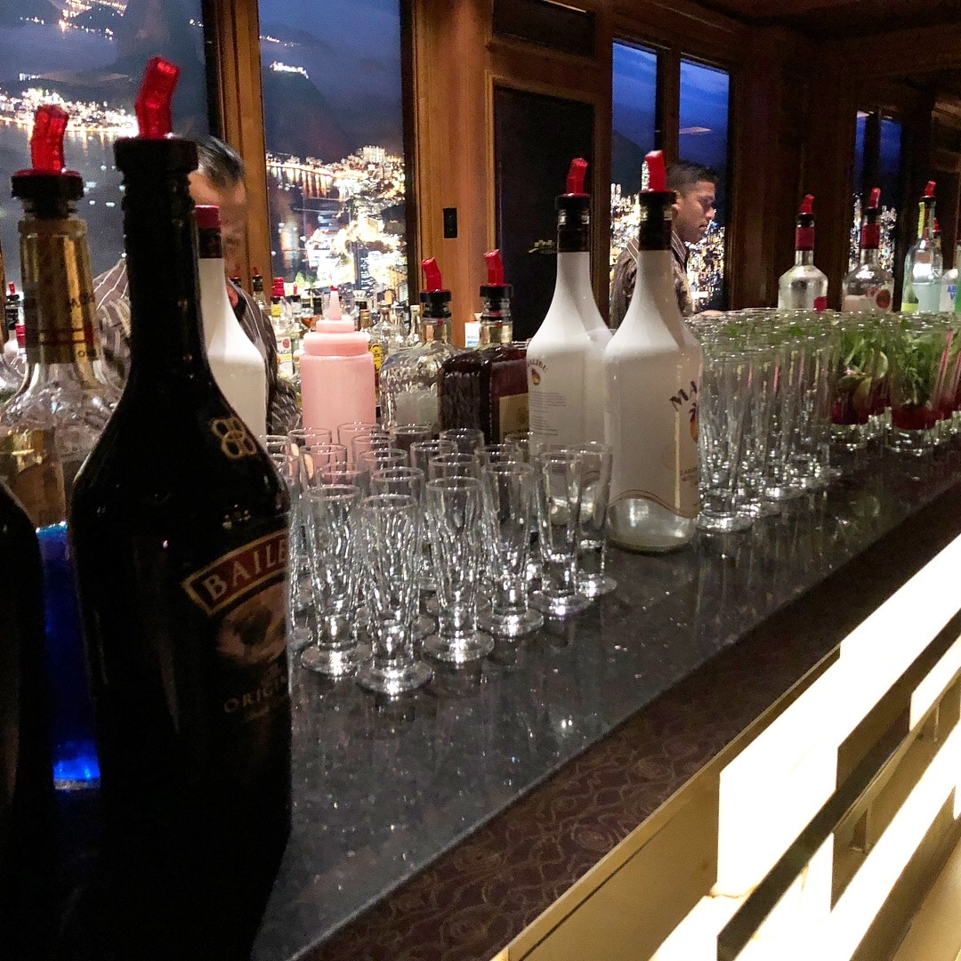 Mixology Class on the Disney Dream