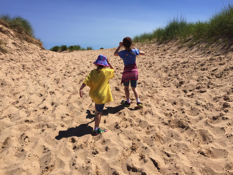 Hills dunes