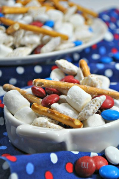 Patriotic Smore Muddy Buddy Chex Mix