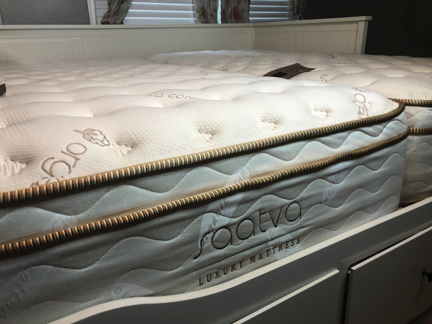 saatva mattress luxury firm 11.5 inches