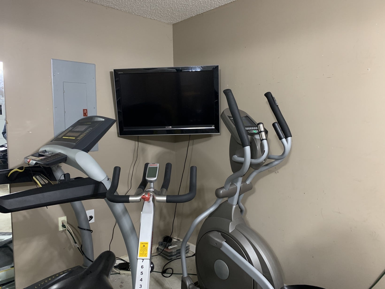 Using puls to mount a tv in our garage gym with coupon code
