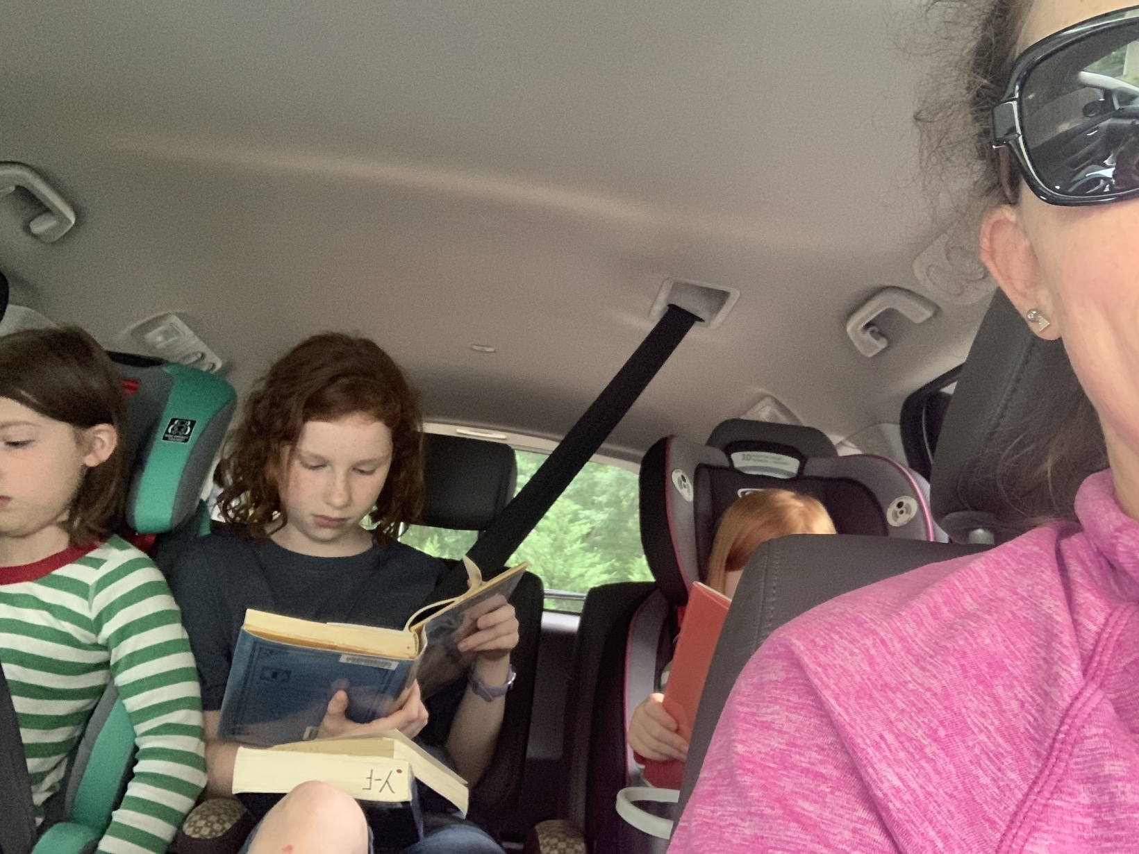 Reading time in the car | Mommy and Me Monday