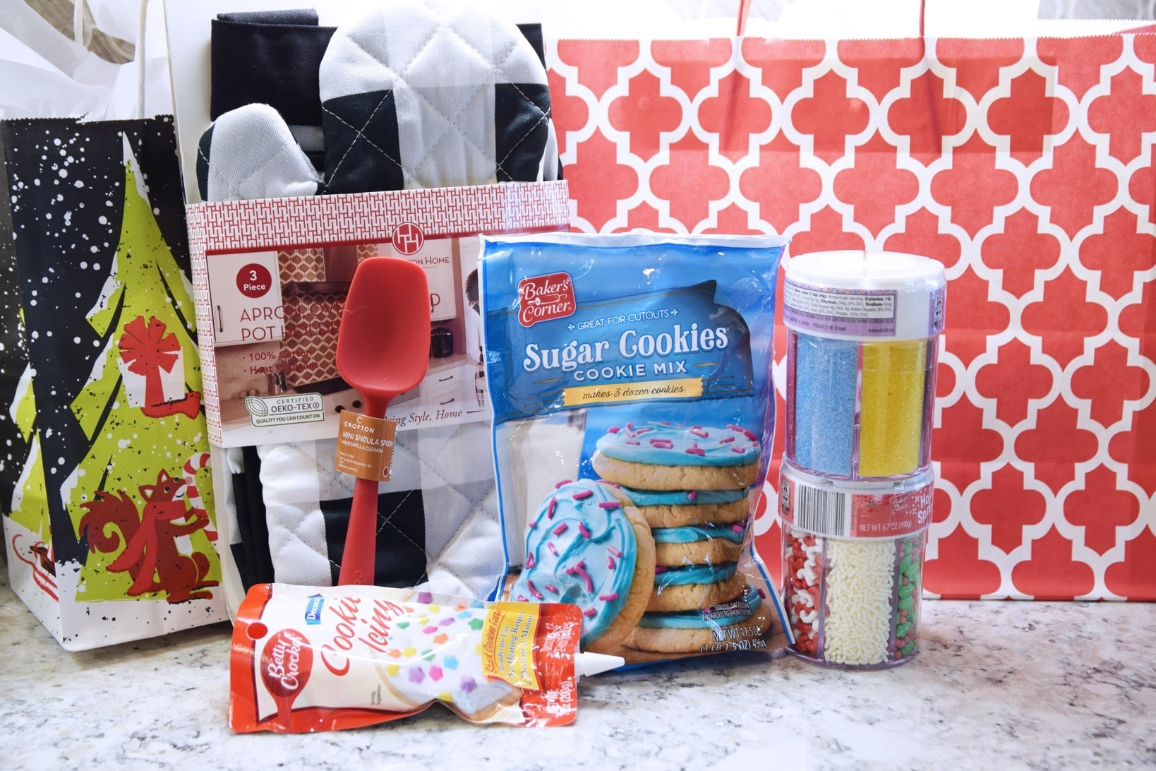 Cookies sprinkles spatula mitt